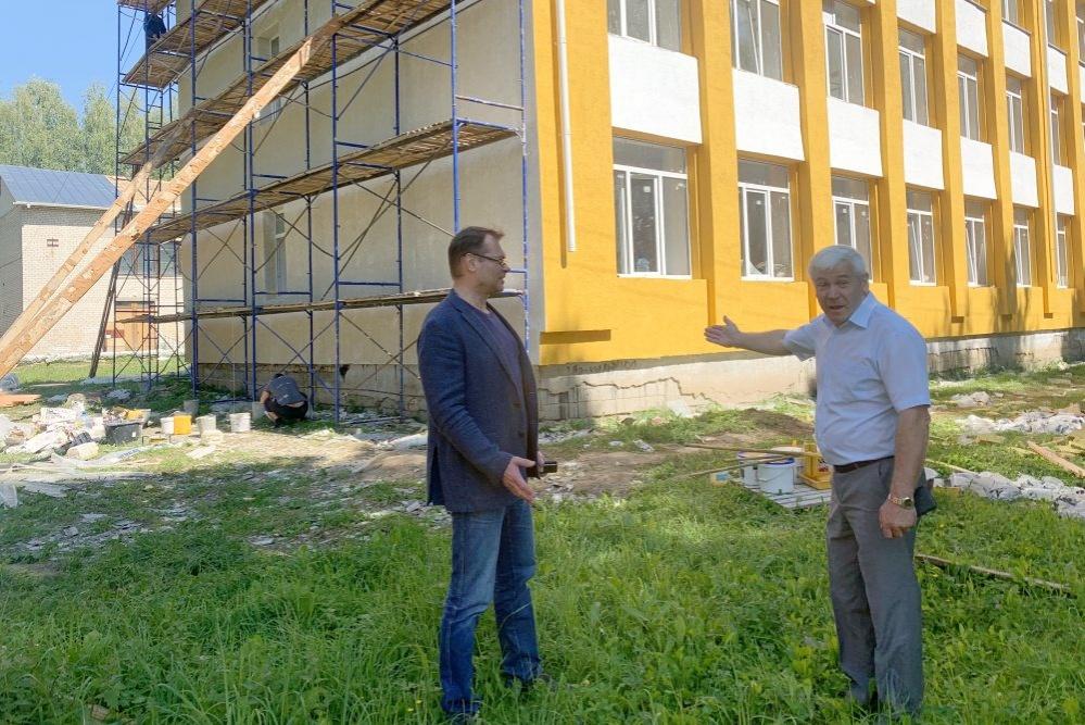 Чкаловскую школу № 5 отремонтируют до 25 августа - фото 1