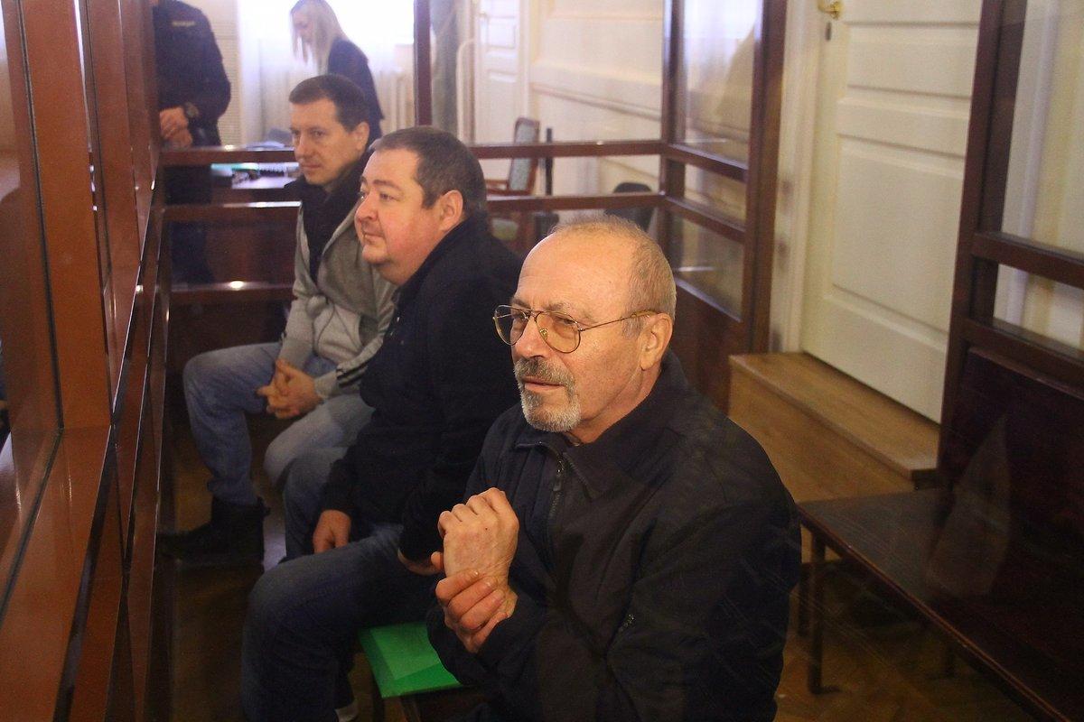 k99ofl4tjqtxq_1duw3sd Суд приговорил Сорокина к 10 годам колонии - Zercalo.org