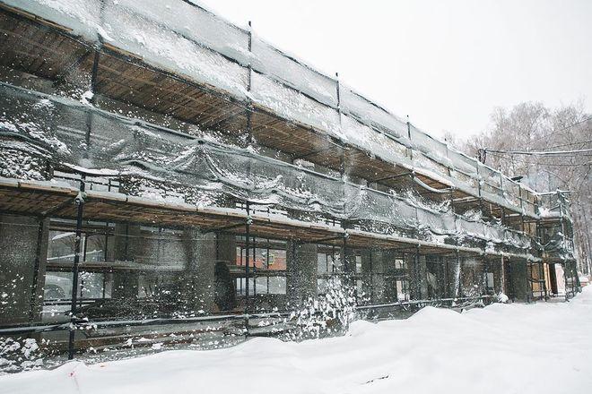 Благоустройство парка «Швейцария» продолжается, несмотря на морозы - фото 1