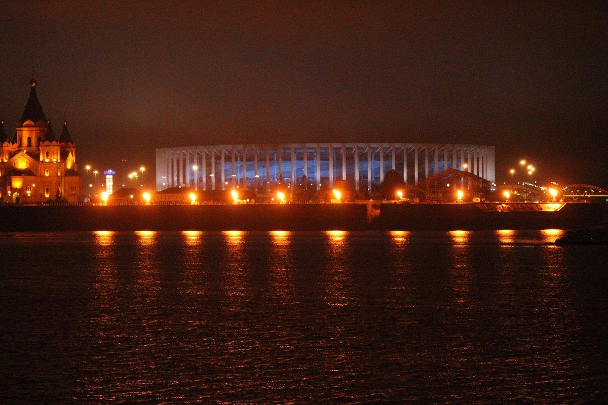 «Театр парусов» и 40-минутный фейерверк: яркое завершение Дня города в Нижнем Новгороде - фото 4