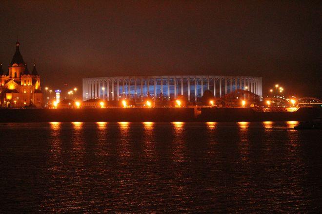 «Театр парусов» и 40-минутный фейерверк: яркое завершение Дня города в Нижнем Новгороде - фото 11