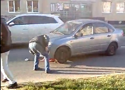 Девочка на самокате попала под машину в Сормове