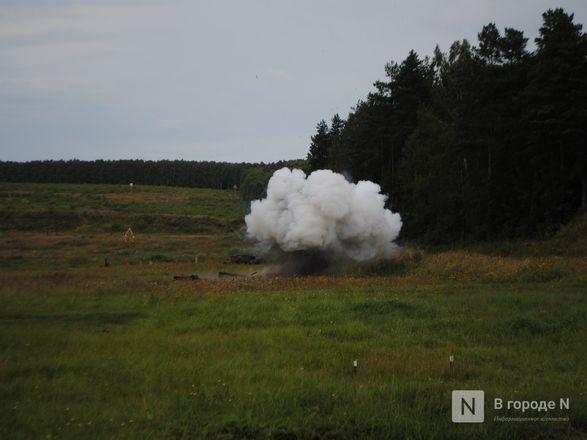 «Оценка огнеметчикам — «пять». Как нижегородские росгвардейцы учатся стрелять из «Шмеля» - фото 12