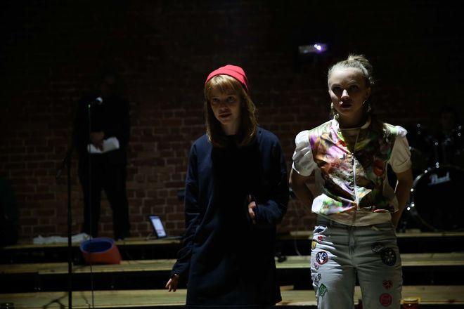 Премьера спектакля «Во всем виноват Вайнштейн» состоится в нижегородском Центре театрального мастерства - фото 4