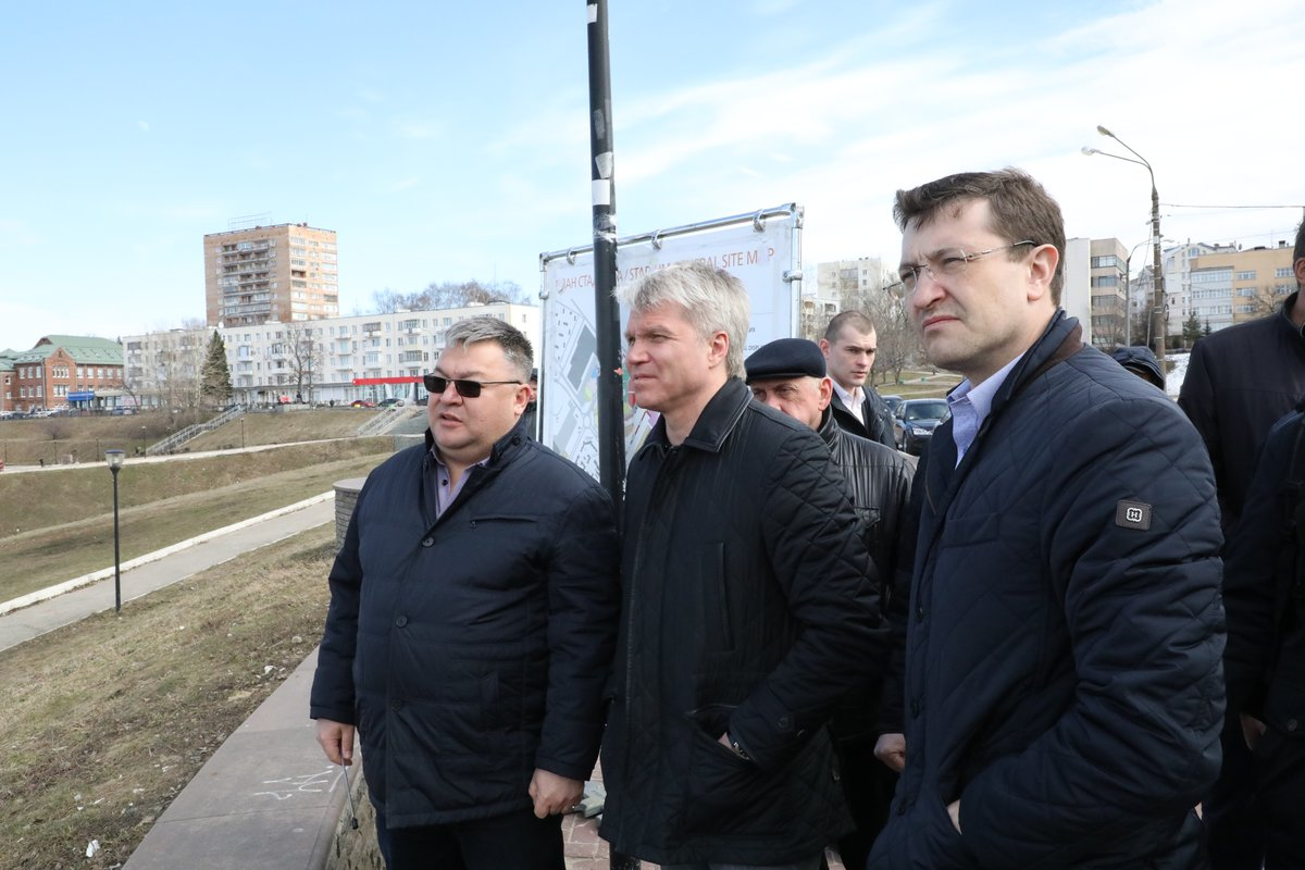 Министр спорта РФ осмотрел проект ледового дворца в Нижнем Новгороде - фото 1