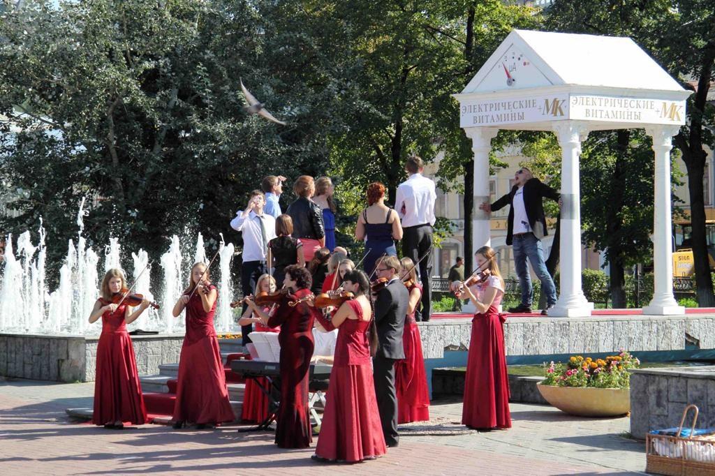 Нижегородцы просят сохранить Арку поцелуев на площади Маркина - фото 2