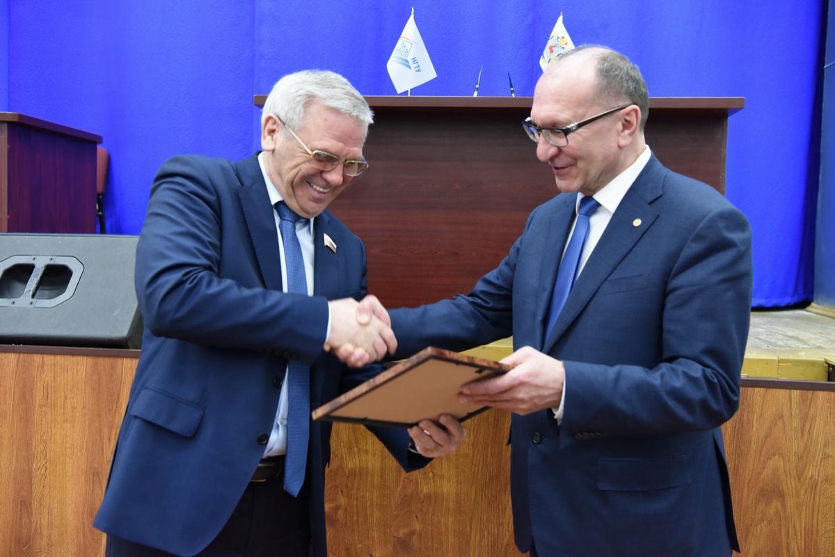 Евгений Люлин: «Соглашение между региональным парламентом и техническим университетом является надежным фундаментом для сотрудничества» - фото 1