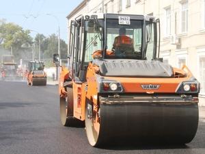 На трех участках дорог Нижнего Новгорода ремонт идет с отставанием от графика
