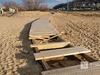 Деревянные дорожки и павильон на Гребном канале подверглись нападению неизвестных вандалов