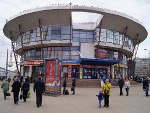 «Шайбу» на Московском вокзале закрыли по решению суда (ФОТО)