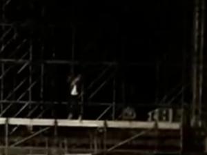 «Повязали рэпера»: одинокий исполнитель на сцене на площади Минина и Пожарского привлек внимание полиции