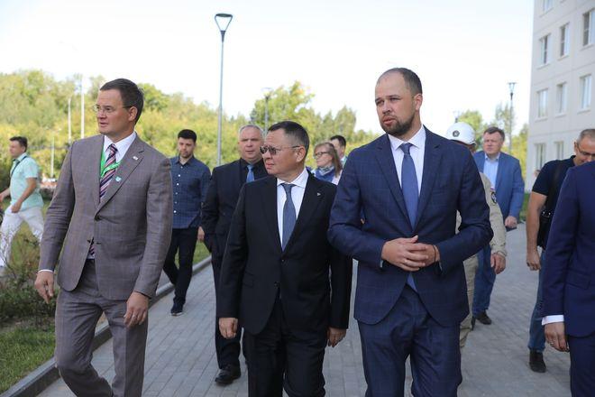 Министр строительства РФ посетил нижегородский ЖК «Анкудиновский парк» - фото 3