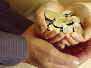 Женщина осталась без пальцев: работодатель заплатил 400 тысяч рублей за увечье сотрудницы