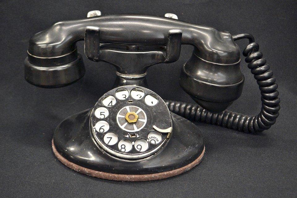 Почему на телефонных аппаратах во времена СССР были не только цифры, но и буквы - фото 1