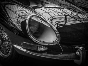 Jaguar въехал в BMW под Нижним Новгородом: пострадали двое