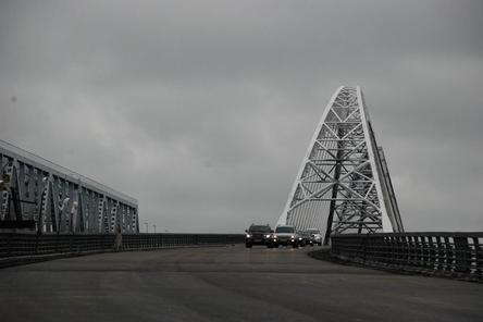 Готовность второго Борского моста составляет 98%