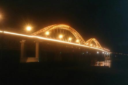 На втором Борском мосту смонтировано освещение